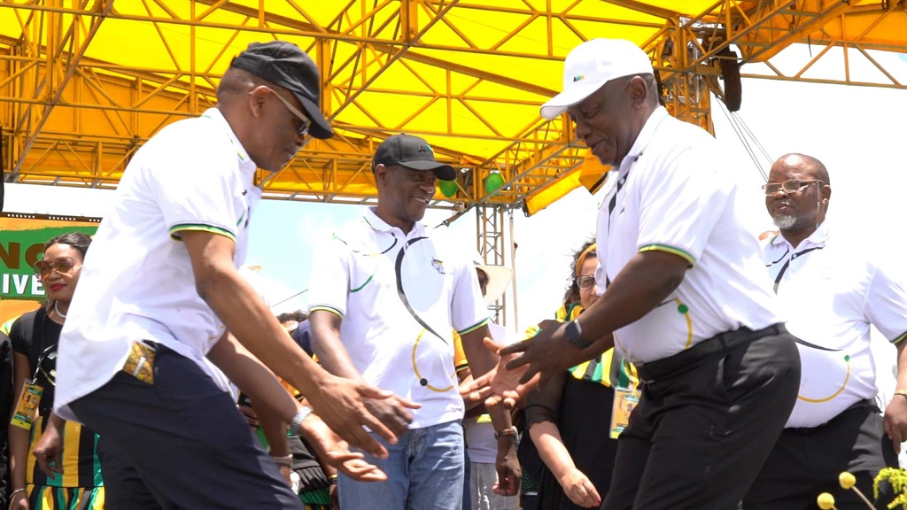 WATCH | Getting the party started: Cyril Ramaphosa busts a move at ANC's birthday bash - News24