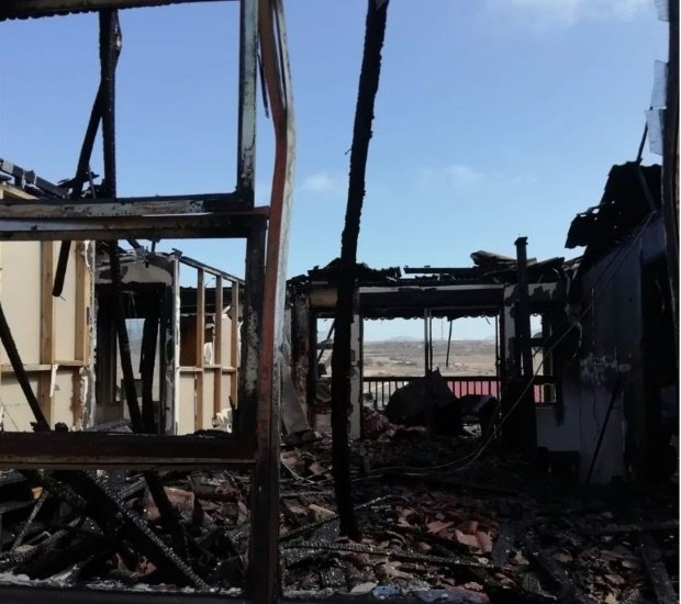 Kleinbrak holiday home goes up in flames