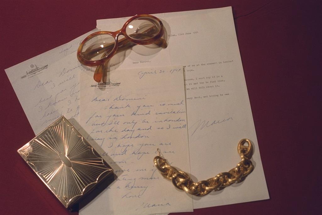 Persoonlike items van Maria wat opgeveil is. Foto: