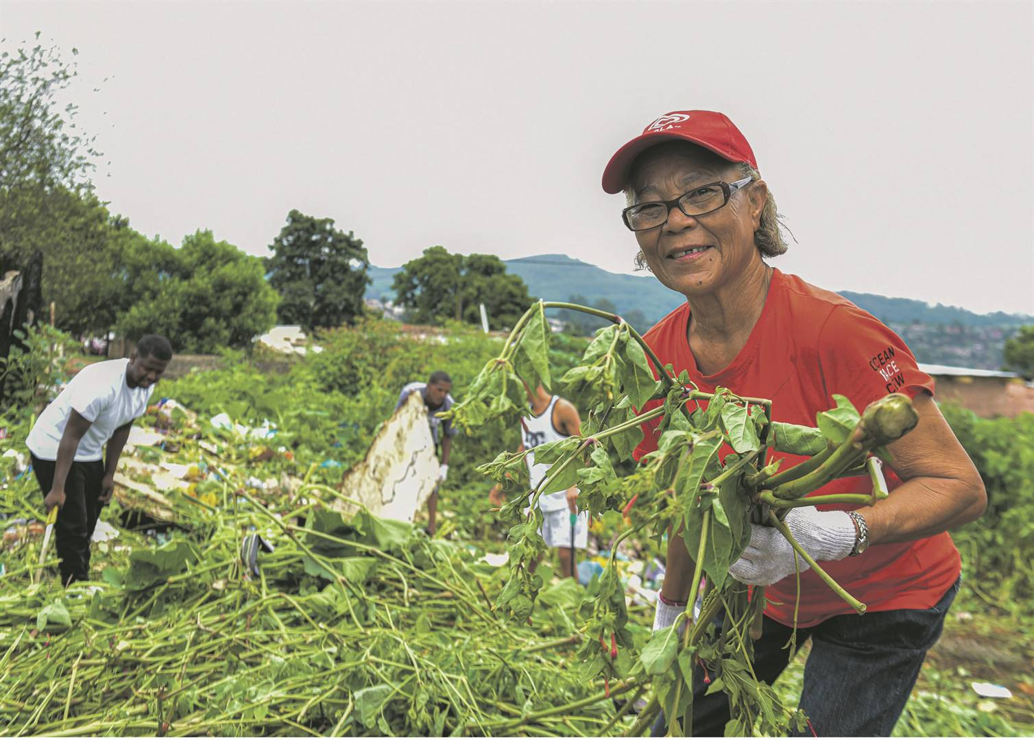 Antoinette Rassie (68) of Woodlands who joined the Ghost Town clean-up campaign yesterday.PHOTO: moeketsi mamane