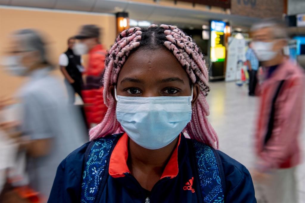 A student wearing a mask. (Jaco Marais, Netwerk24)
