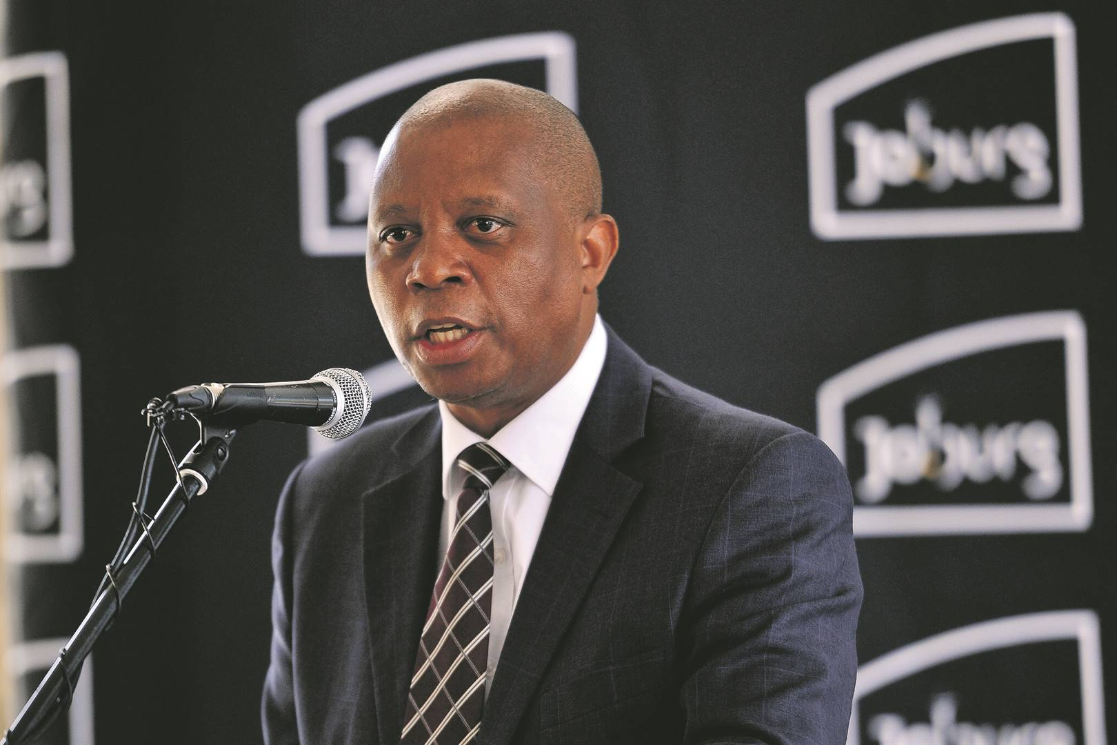 To win war on crime, we need to rid the police service of incompetent leaders, writes Herman Mashaba