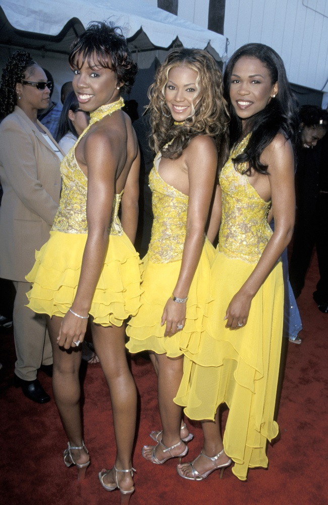 Kelly, Beyoncé and Michelle at the Soul Train Lady