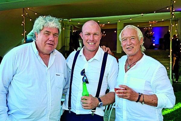 Die gewese rugbyspelers Schalk Burger sr. (links), Schalk Burger jr. en Rob Louw. Foto: Corrie Hansen