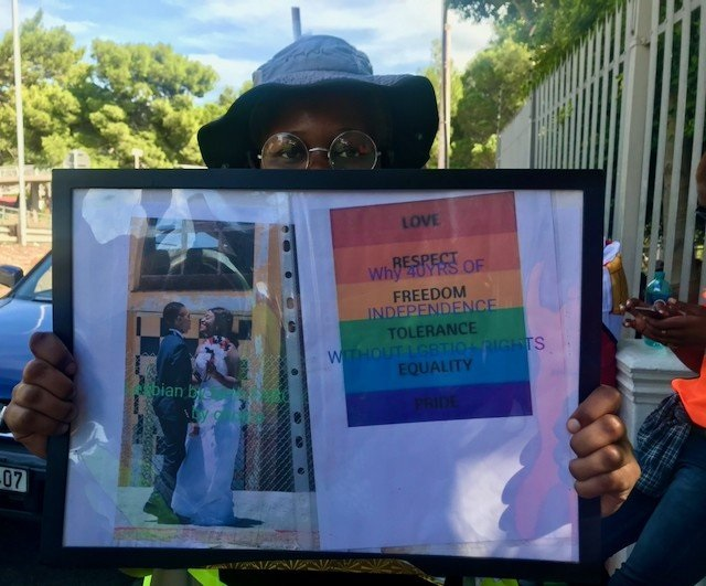 Archive Photo of a gay rights protest at the Zimbabwean consulate in Cape Town in April 2021. (Tariro Washinyira, GroundUp)