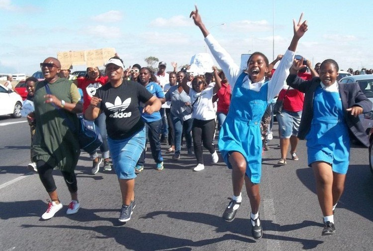Hundreds of Khayelitsha residents marched through the township demanding safer schools on Thursday.