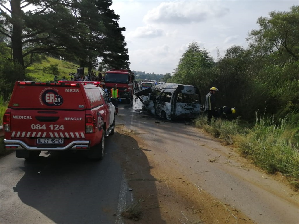 A child and an adult died in a taxi crash in KwaZulu-Natal.