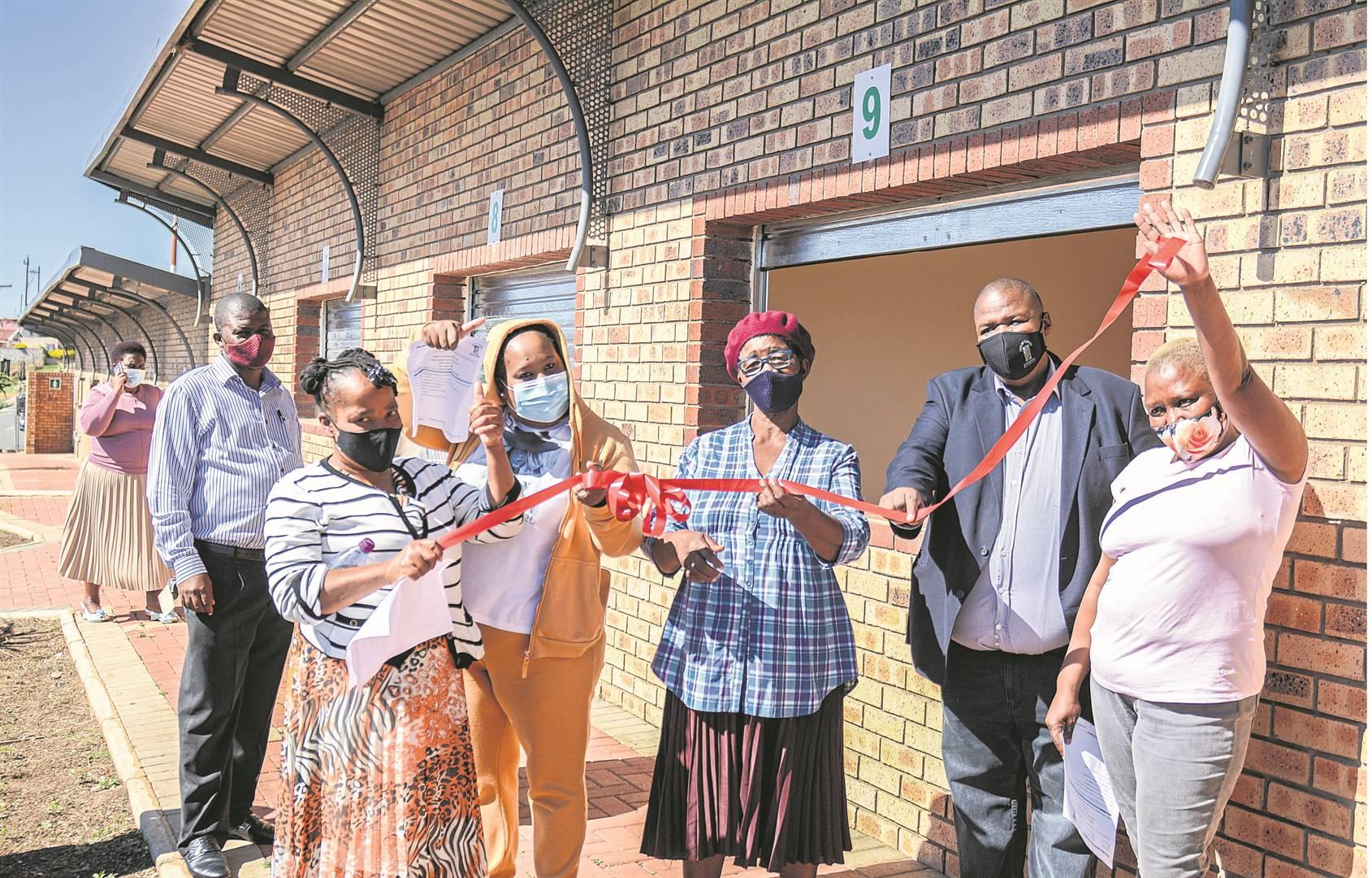 Pictured (from left) are Imbali informal traders, Babalwa Vuzane, Happy Mthembu, Thandiwe Ngcobo, Makhosi Mngidi and Zodwa Mbele with Msunduzi mayor Mzimkhulu Thebolla and ward councillor Xolani Ngongoma in Imbali on Monday.