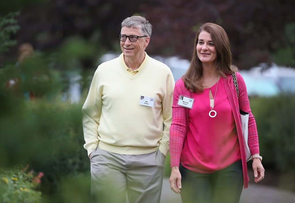 Billionaire Bill Gates, chairman and founder of Microsoft Corp., and his wife and philanthropist Melinda attend the Allen & Company Sun Valley Conference on July 11, 2015 in Sun Valley, Idaho
