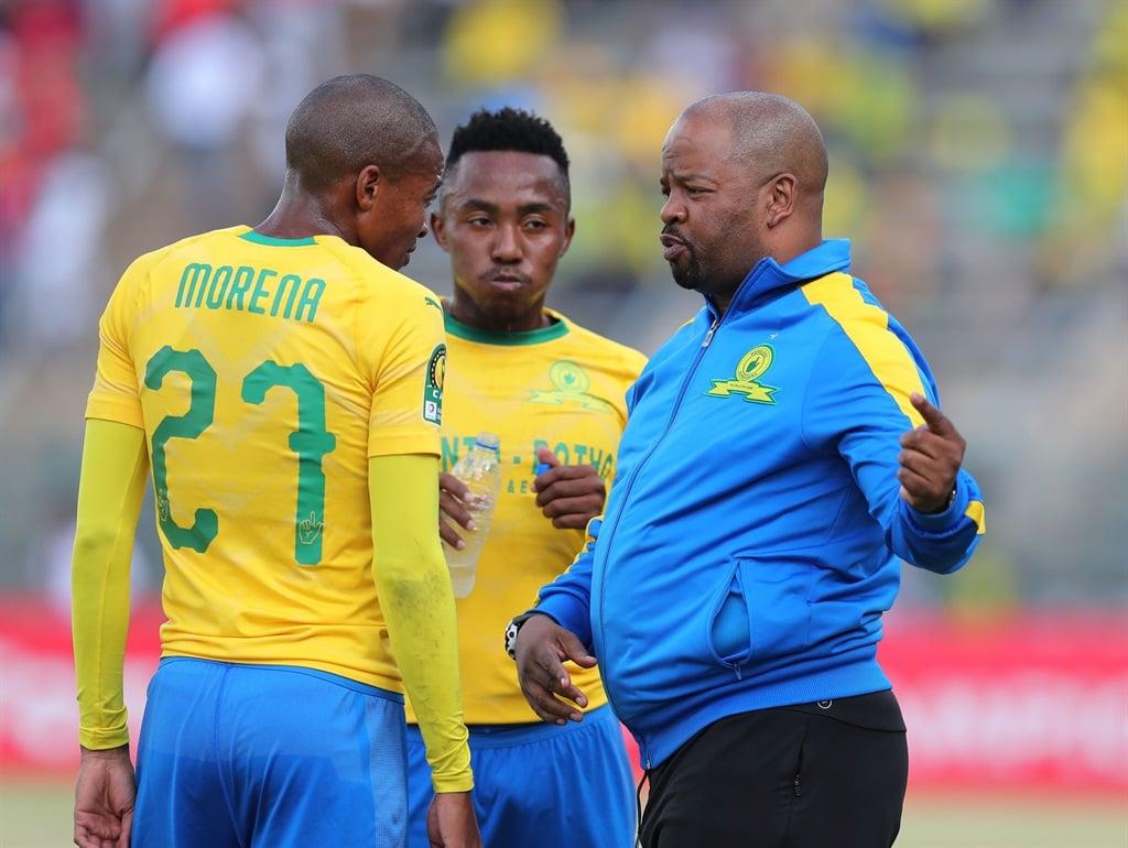 Manqoba Mngqithi, assistant coach of Sundowns inst