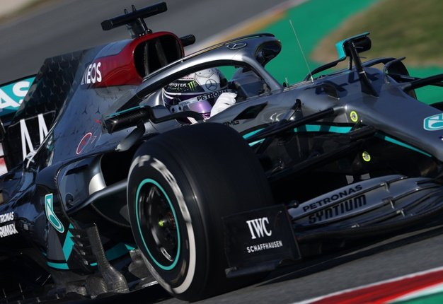 Mercedes causes uproar with controversial steering system on Hamilton's car (w/video) - Wheels24